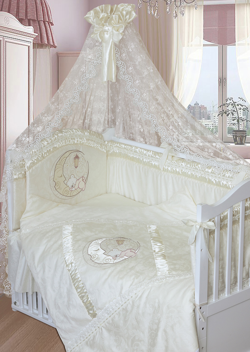 Золотой Гусь Комплект в кроватку Консуэло 8 предметов цвет молочный 65 x 125 см1553Изысканный комплект в кроватку из сатина, атласа и кружевом . В комплект входит: Балдахин-ажурная органза, бампер с вышивкой, одеяло, подушка, наволочка, пододеяльник с вышивкой, подматрасник (юбка), простыня на резинке непромокаемая.