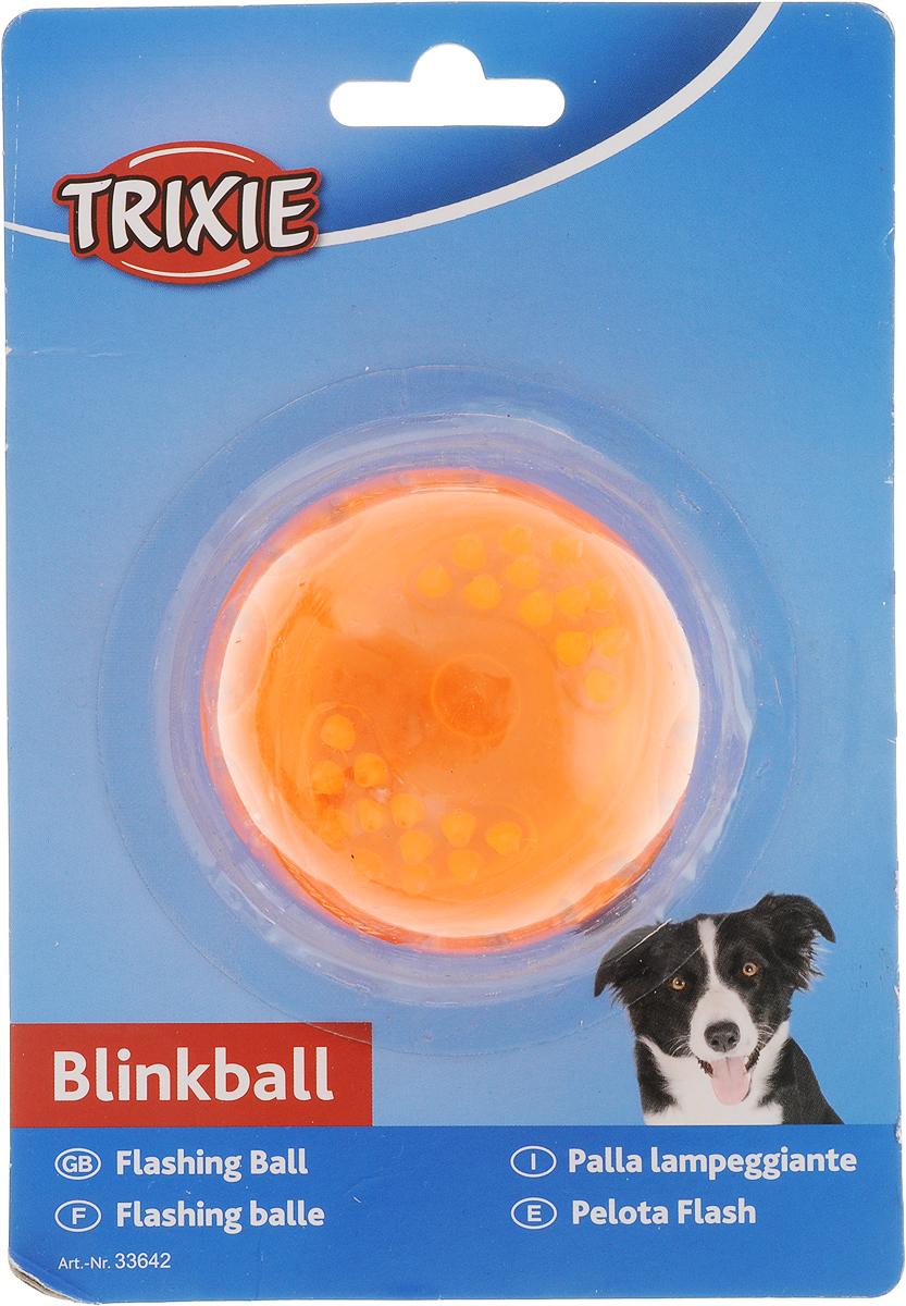 Игрушка Trixie Мяч светящийся, цвет: оранжевый, диаметр 5,5 см trixie мяч trixie для собак футбольный ф10 см