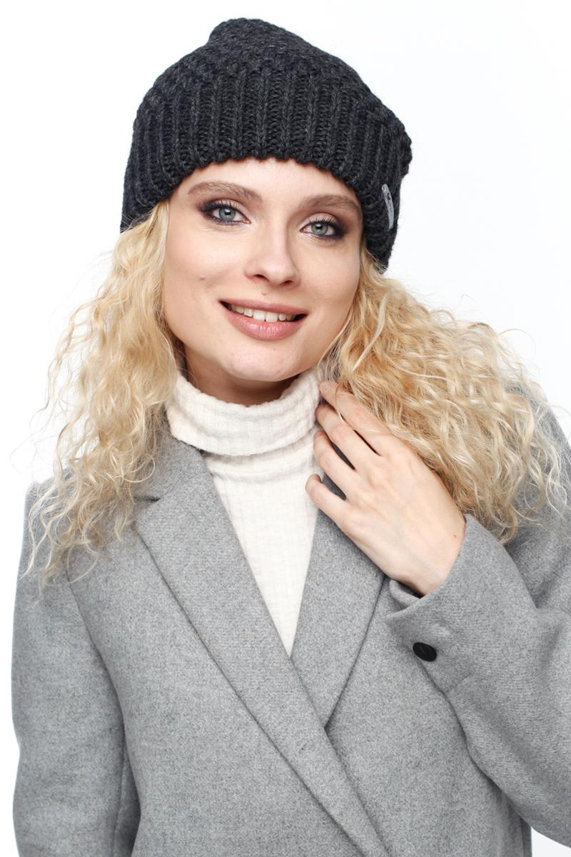 Шапка женская Paccia, цвет: антрацит. NR-21706-2. Размер 55/58NR-21706-2Вязаная женская шапка Paccia выполнена из акрила с добавлением шерсти. Эта шапка не только согреет в холодную погоду, но и стильно дополнит ваш образ.