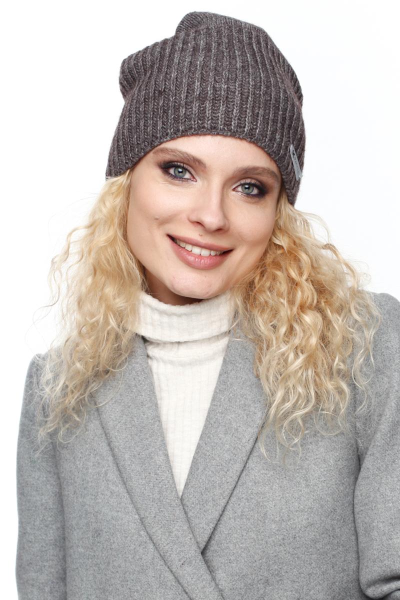 Шапка женская Paccia, цвет: коричневый. NR-21716-4. Размер 55/58NR-21716-4Вязаная женская шапка Paccia выполнена из акрила с добавлением шерсти. Эта шапка не только согреет в прохладную погоду, но и стильно дополнит ваш образ.
