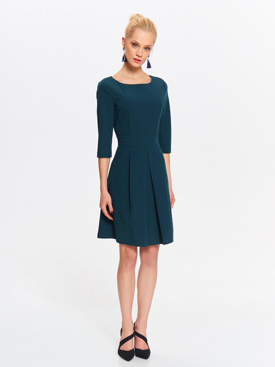 Платье Top Secret, цвет: темно-зеленый. SSU1999CZ. Размер 42 (50)SSU1999CZСтильное платье от Top Secret выполнено из полиэстера и вискозы с добавлением эластана. Модель-миди с круглым вырезом горловины и рукавами 3/4 застегивается сзади на скрытую застежку-молнию. Манжеты рукавов дополнены разрезами.