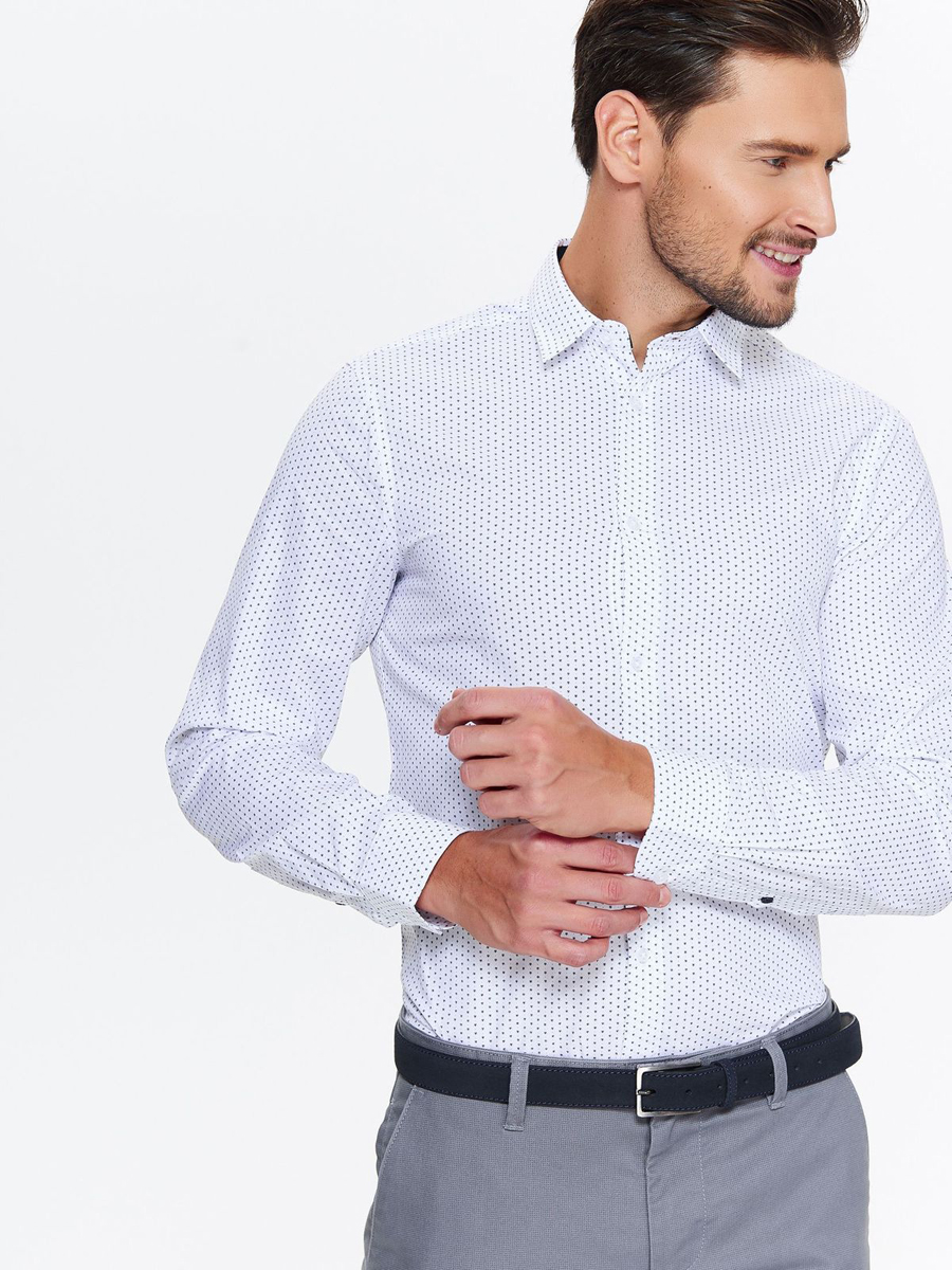 Рубашка мужская Top Secret, цвет: белый. SKL2469BI. Размер 40/41 (48)SKL2469BIСтильная мужская рубашка от Top Secret выполнена из хлопка. Модель с отложным воротником и длинными рукавами застегивается на пуговицы. Рубашка оформлена оригинальным принтом. Манжеты рукавов застегиваются на пуговицы.