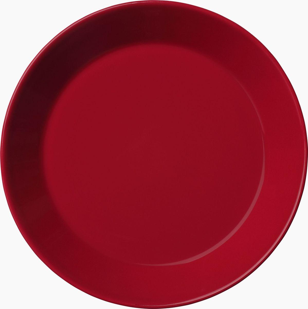 Тарелка Iittala Teema, цвет: красный, диаметр 17 см1006016Teema - это классика дизайна Iittala, каждый продукт имеет чёткие геометрические формы: круг, квадрат и прямоугольник. Как говорит Кай Франк: «Цвет является единственным украшением». Посуда серии Teema является универсальной, её можно комбинировать с любой серией Iittala. Она практична и лаконична.