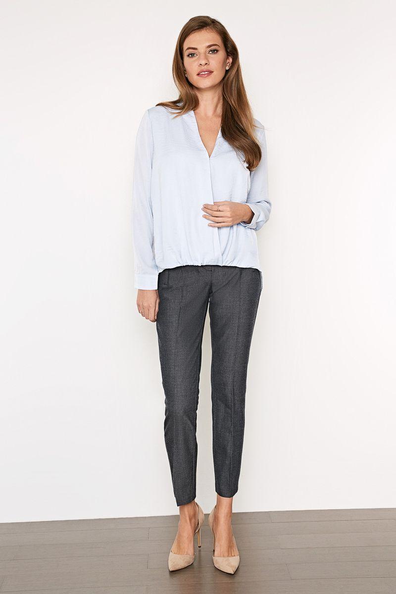 Блузка женская Concept Club Flux, цвет: голубой. 10200260217_400. Размер M (46)10200260217_400Стильная блузка, выполненная из 100% полиэстера, отлично дополнит ваш образ. Модель свободного кроя с длинными рукавами и V-образным вырезом горловины.