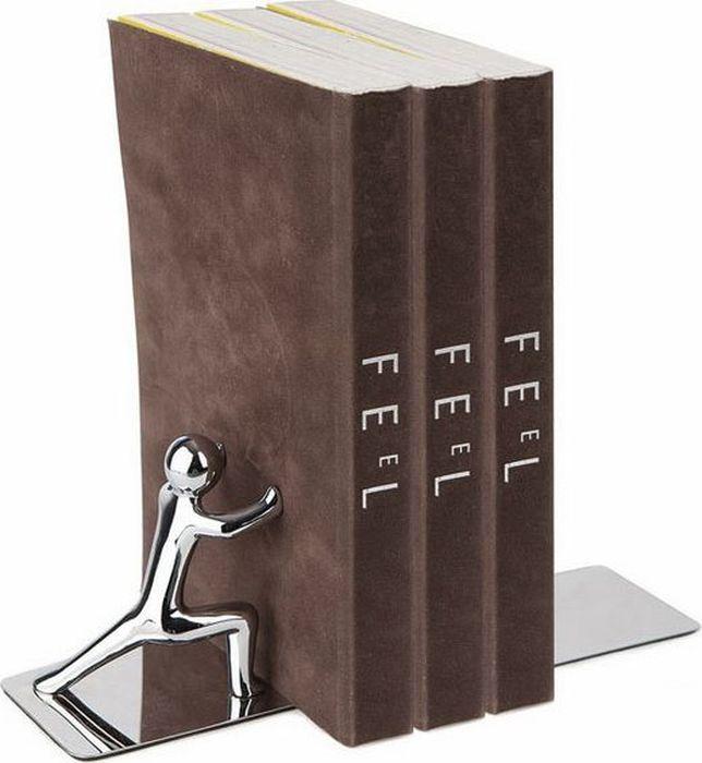 Вам не хватает оригинальной и полезной вещи в доме? Тогда стильный и креативный держатель для книг Push! прекрасно украсит вашу книжную полку и не даст книгам упасть в самый неожиданный момент. В комплект входит сразу два держателя, чтобы закрепить книги с обеих сторон. Благодаря элегантному дизайну держатель в виде металлического человечка, подпирающего книги, отлично впишется в интерьер гостиной комнаты, либо офиса.  • Выполнен из прочного металла • Элегантный и стильный дизайн • В комплекте идут два держателя для обеих сторон