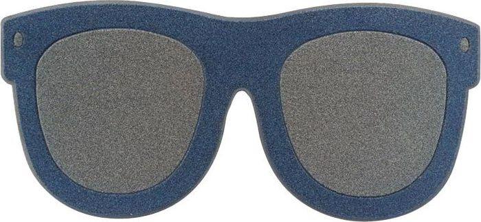 Напольный коврик Balvi Sunny Day, цвет: темно-синий26000Обычный напольный коврик является важным домашним аксессуаром, который можно встретить практически перед каждой входной дверью. Если хочется внести в свой дом немного разнообразия, тогда стоит обратить внимание на коврик Sunny Day, выполненный испанской компанией Balvi.Необычное оформление сразу бросается в глаза и поднимает настроение каждому гостю, который попадает на порог дома. Он выполнен в виде классических солнцезащитных очков и напоминает о летнем времени.