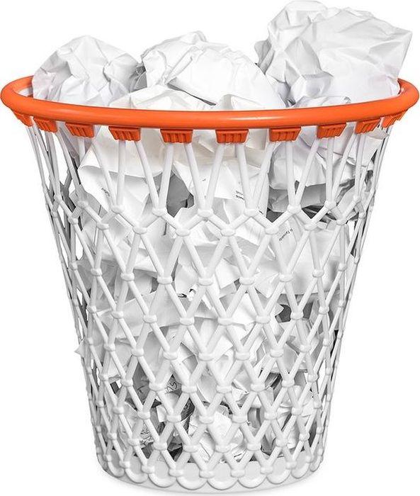 Balvi Корзина для бумаг Basket26409Корзина для бумаг Basket – нетривиальное решение для вашего офиса. Она выполнена в виде баскетбольного кольца и послужит украшением рабочих будней. В перерывах можно побросать в нее использованную бумагу, представляя, как вы совершаете трехочковый бросок. А если положить в корзину мешок для мусора – в нее можно будет выкинуть любой мелкий офисный мусор – использованные скрепки, мелкие бумажные стикеры и т.п. Размеры корзины Basket позволяют спрятать ее под стол или в любой угол помещения. • Изготовлен из прочного и качественного полипропилена • Креативный дизайн в виде баскетбольного кольца • Оригинальный подарок коллеге, начальнику, любителю баскетбола • Можно использовать дома или в офисе