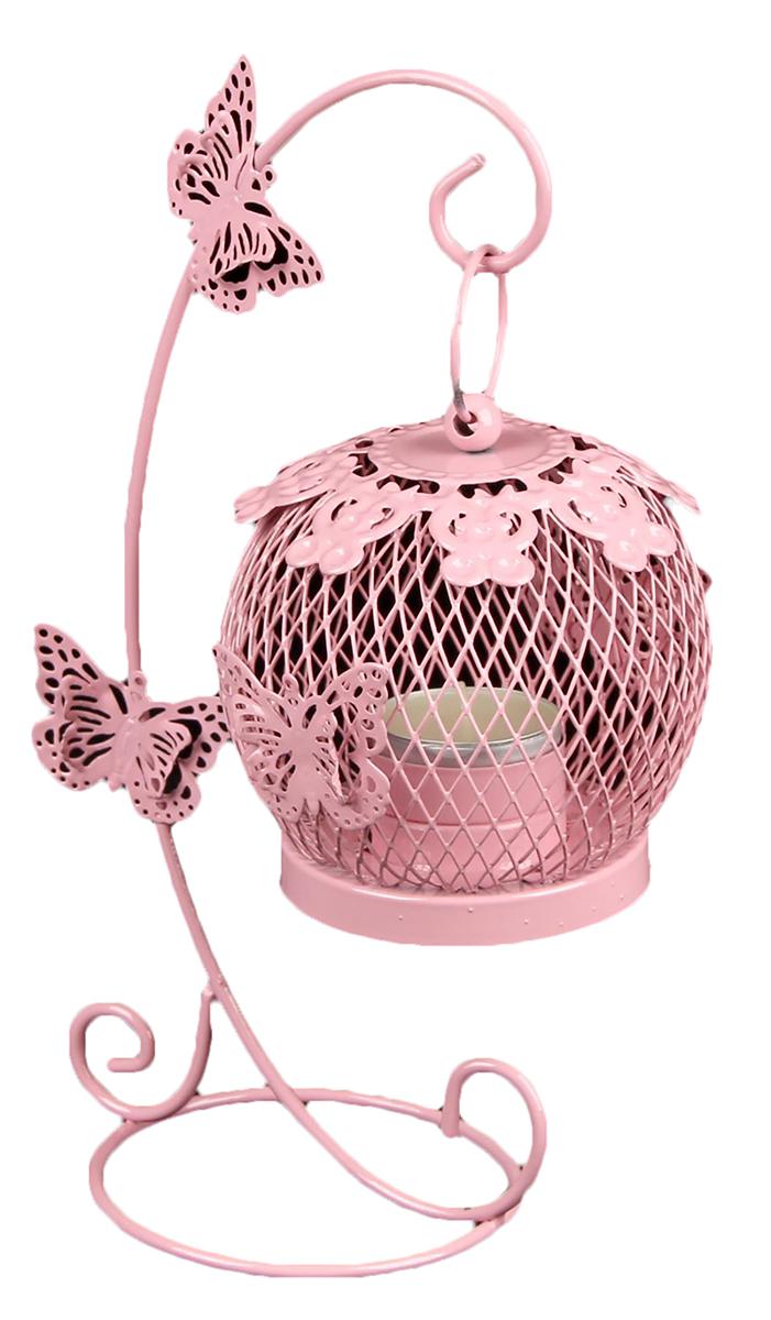 Подсвечник Клетка на подвесе с бабочками, цвет: розовый, 15 х 10 х 22 см2266237Невозможно представить нашу жизнь без праздников! Мы всегда ждем их и предвкушаем, обдумываем, как проведем памятный день, тщательно выбираем подарки и аксессуары, ведь именно они создают и поддерживают торжественный настрой. — это отличный выбор, который привнесет атмосферу праздника в ваш дом!Известно, что на пламя можно смотреть вечно: его мягкое золотистое сияние проясняет сознание и чарует. Огонь свечи притягивает наше внимание еще больше. Он делает атмосферу загадочной и романтичной.