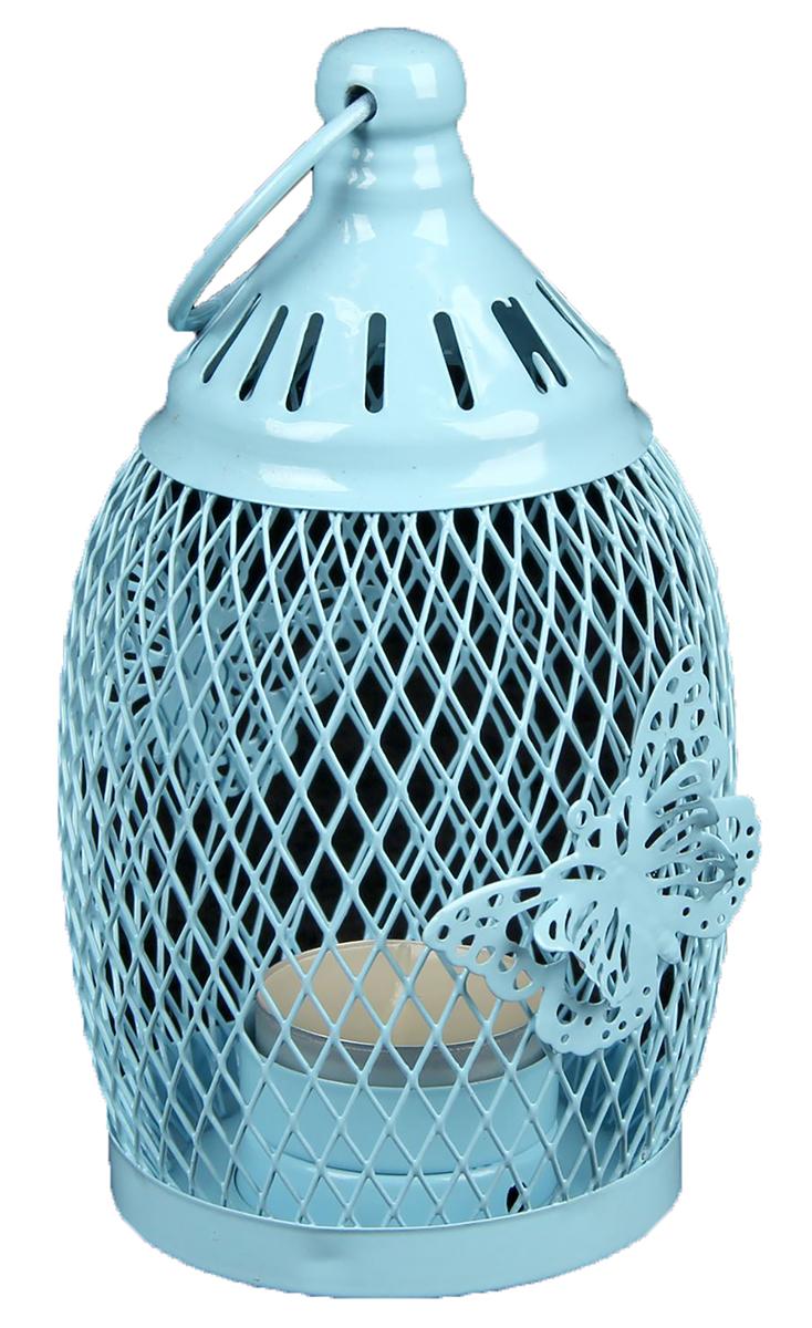 Подсвечник Уличный фонарь в сеточку с бабочками, цвет: голубой, 8,5 х 8,5 х 16 см2266229Невозможно представить нашу жизнь без праздников! Мы всегда ждем их и предвкушаем, обдумываем, как проведем памятный день, тщательно выбираем подарки и аксессуары, ведь именно они создают и поддерживают торжественный настрой. — это отличный выбор, который привнесет атмосферу праздника в ваш дом!Известно, что на пламя можно смотреть вечно: его мягкое золотистое сияние проясняет сознание и чарует. Огонь свечи притягивает наше внимание еще больше. Он делает атмосферу загадочной и романтичной.