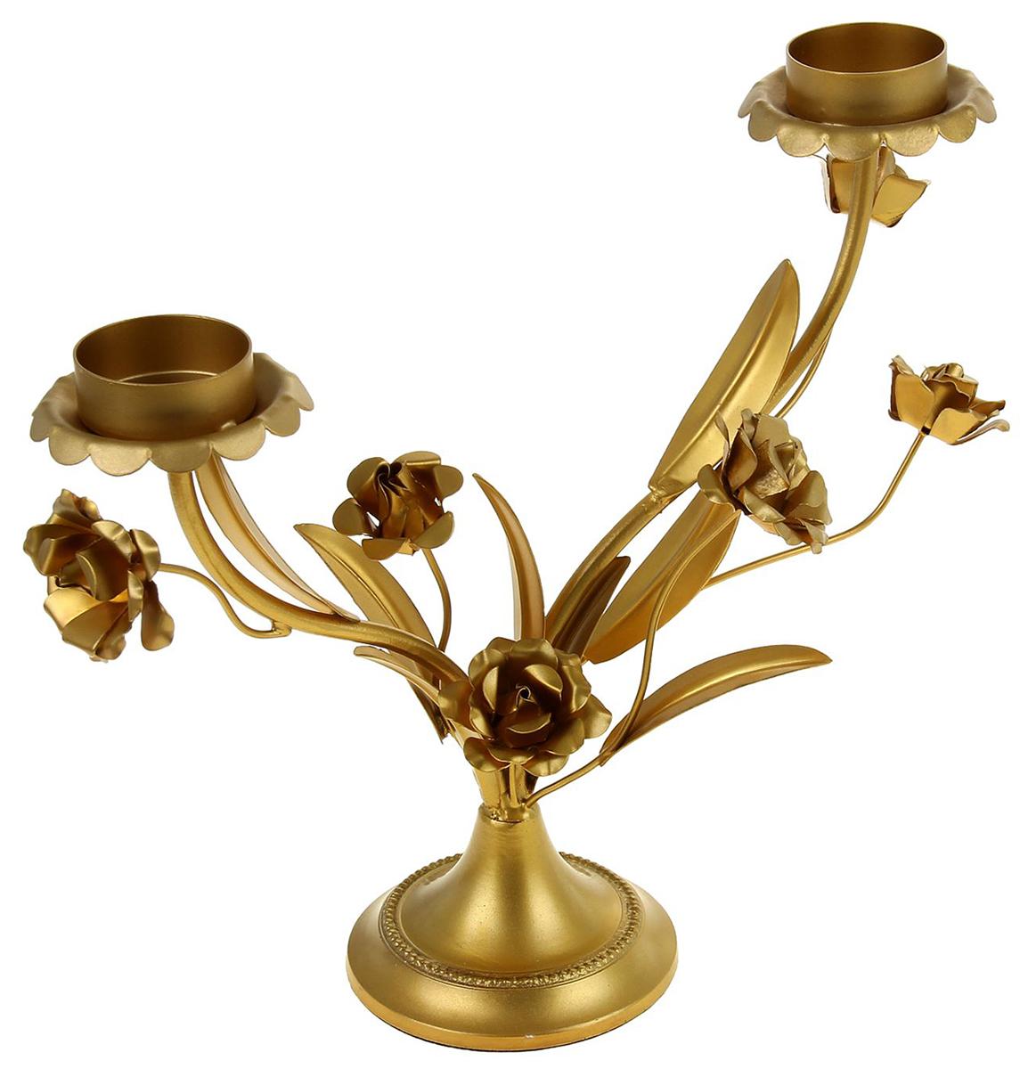 Подсвечник Цветы, цвет: золотистый, 28 х 13 х 26 см1043978Прекрасный Подсвечник на 3 свечи Цветы выполнен из металла и напоминает изысканную кованую композицию. Вы только посмотрите на эти нежные изгибы, утонченные линии грациозных лепестков... Все это кажется таким легким и воздушным. Хотя если взять этот невероятный подсвечник в руки, то Вы наверняка почувствуете тяжесть металла.Поставьте этот прелестный аксессуар в гостином зале, каминной комнате, личном кабинете своего офиса или же в спальне. Зажгите свечи и Вы увидите живописные тени в полумраке комнаты. Насладитесь приятной обстановкой после тяжелого рабочего дня или устройте романтический ужин при свечах со своей второй половинкой.
