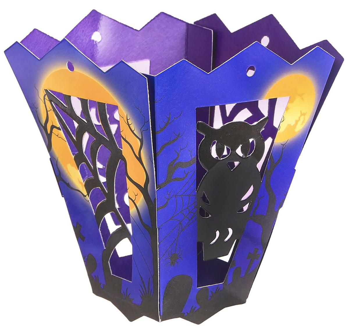 Подсвечник Halloween. Сова, со свечой, цвет: синий, черный, 10 х 3 х 12 см2494925Невозможно представить нашу жизнь без праздников! Мы всегда ждем их и предвкушаем, обдумываем, как проведем памятный день, тщательно выбираем подарки и аксессуары, ведь именно они создают и поддерживают торжественный настрой. — это отличный выбор, который привнесет атмосферу праздника в ваш дом!Известно, что на пламя можно смотреть вечно: его мягкое золотистое сияние проясняет сознание и чарует. Огонь свечи притягивает наше внимание еще больше. Он делает атмосферу загадочной и романтичной.