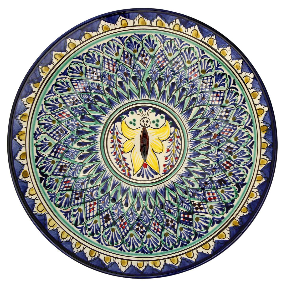 Тарелка Риштанская керамика, цвет: мультиколор, диаметр 27 см1006378Узбекская посуда известна всему миру уже более тысячи лет. Ей любовалисьцарские особы, на ней подавали еду шейхам и знатным персонам. Формулаглазури передаётся из поколения в поколение.По сей день качественные изделия продолжают восхищать своей идеальнойформой.Данный предмет подойдёт для повседневной и праздничнойсервировки.Дополните стол текстилем и салфетками в тон, чтобы получить элегантноеубранство с яркими акцентами.Возможны отличия некоторых элементов рисунка от того, что представленона фото. Товар расписывается вручную.