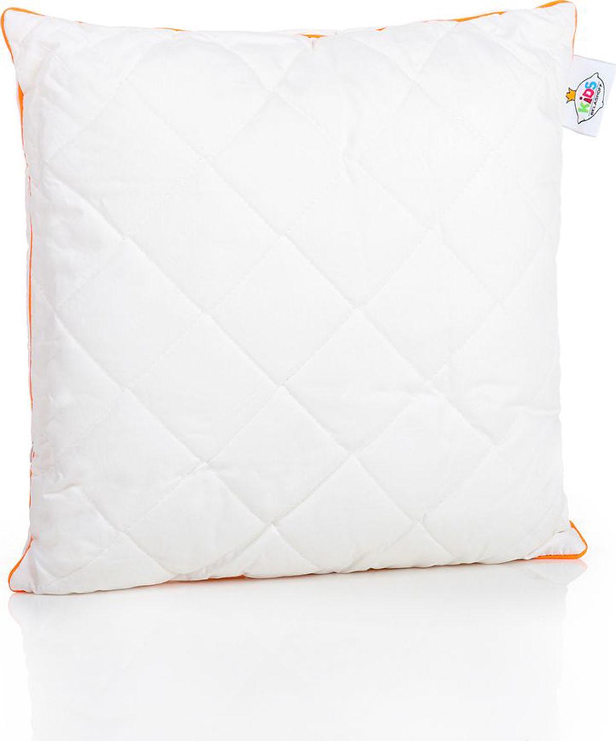 Belashoff Kids Подушка детская Наша Гордость цвет белый 40 x 40 смКХП1Коллекция Наша Гордость – качественные продукты для спокойного детского сна!Ткань верха – перкаль (100% хлопковая ткань) белая, как цветок хлопка.Внутри – пласты натурального хлопкового волокна, которое хорошо впитывает лишнюю влагу и выводит ее на поверхность, гипоаллергенно.В подушки (40х40, 40х60 и 50х70) для большей упругости и мягкости мы добавили полое силиконизированное волокно. Это современный очень нежный наполнитель, который безопасен для детей.Наличие молнии в подушках позволяет регулировать степень упругости и поддержки самостоятельно.