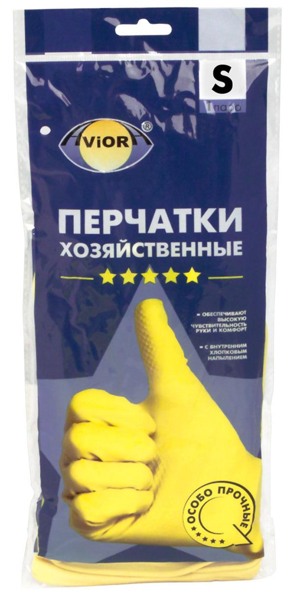 Перчатки хозяйственные Aviora, резиновые, 5 звезд, размер 7 (S)402-701Высокая чувствительность руки Анатомическая формаВнутреннее хлопковое напылениеПовышенная плотностьПредназначены для защиты рук во время домашней уборки,строительных работ. Перчатки Aviora препятствуют вредному воздействию бытовых химическихсредств, пищевых жиров и грязи на кожу рук.