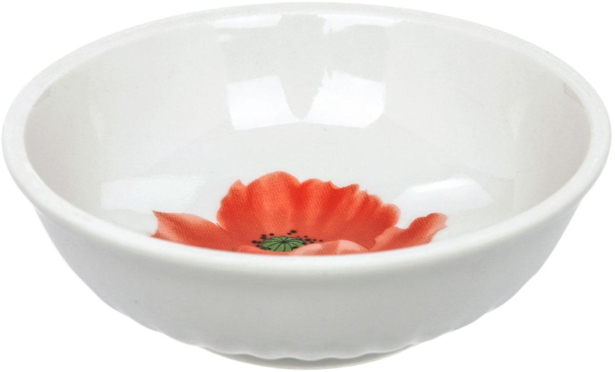 Блюдце Dasen Маки, диаметр 9 смDU03842MAБлюдце Dasen Маки, изготовленное из высококачественного фаянса,предназначенодля красивой подачи различных блюд. Изделие оформлено орнаментом. Такое блюдце украсит сервировку стола и подчеркнет прекрасный вкусхозяйки.Можно мыть в посудомоечной машине и использовать в микроволновой печи.
