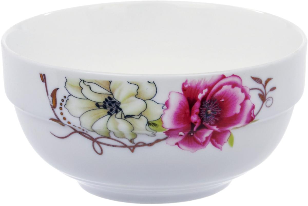 Салатник Ningbo Royal Роза, диаметр 11,5 смRUCH042-1Салатник Ningbo Royal Роза удивит вас приятным сочетанием отменногокачества фарфора и классическими цветочными декорами. Посуда найдетсвое применение как в городской квартире, так и в загородном доме.Классический декор будет одинаково хорошо смотреться в любое время года. Салатник можно использовать в СВЧ и мыть в посудомоечноймашине.