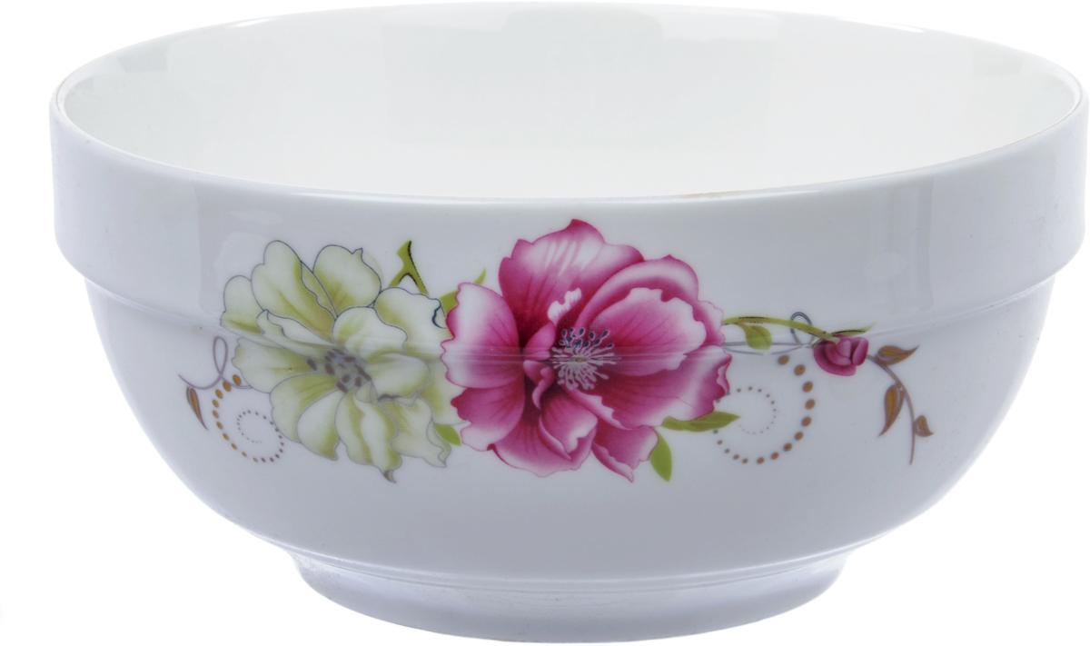 Салатник Ningbo Royal Роза, диаметр 18 смRUCH042-4Фарфоровая столовая посуда фабрики Royal Union удивит вас приятным сочетанием отменного качества фарфора, классическими цветочными декорами. Посуда найдет свое применение как в городской квартире, так и в загородном доме. Классический декор будет одинаково хорошо смотреться в любое время года. Посуду из фарфора RU можно использовать в СВЧ и мыть в ПММ.