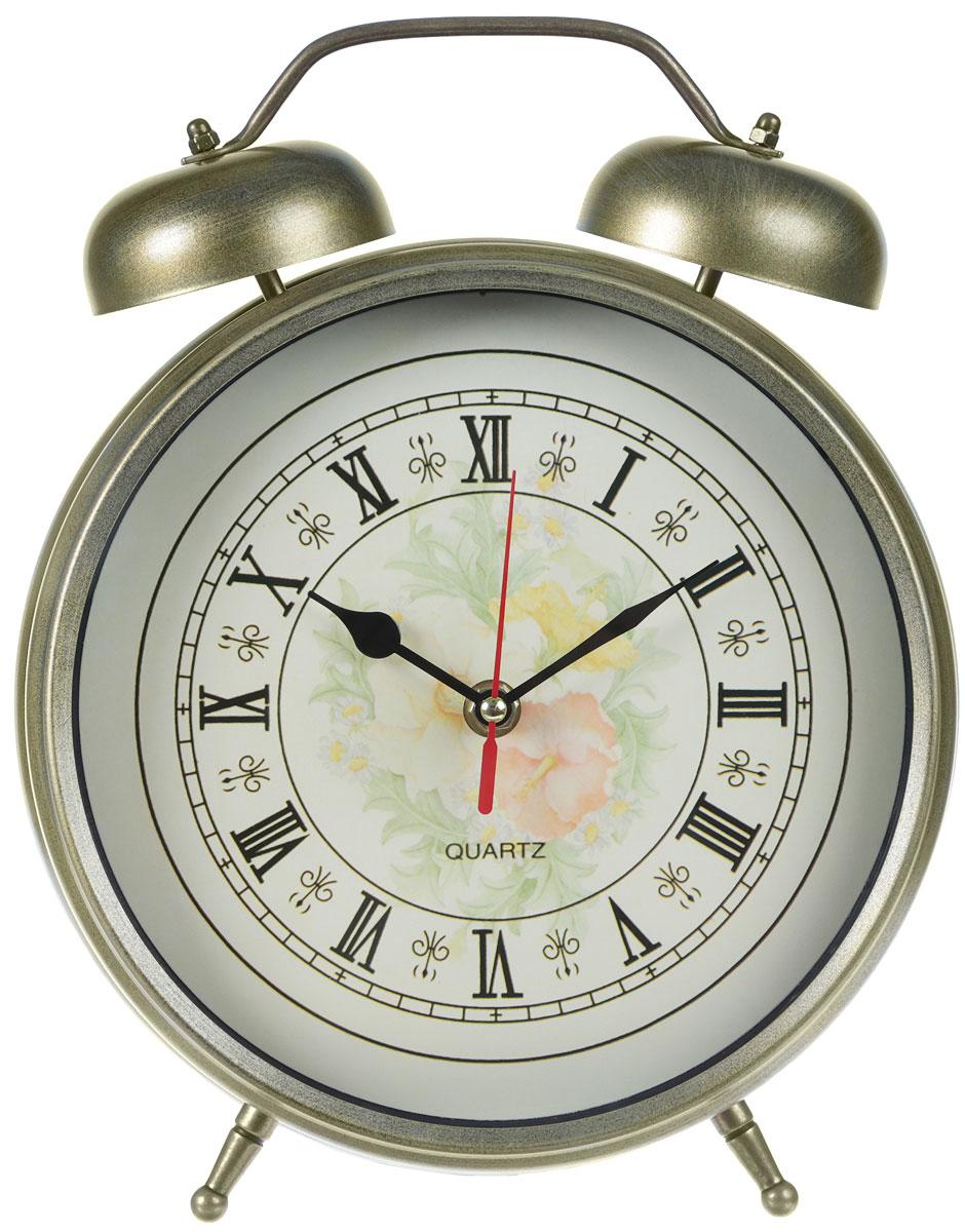 Будильник Arte Nuevo, цвет: золотой, диаметр 23,5 смEG7003H-GБудильник Arte Nuevo - одна из тех деталей, которые придают дому обжитой вид и создают ощущение уюта. Корпус изделия выполнен из высококачественного металла с эффектом состаренности. Циферблат имеет минутную, часовую и секундную стрелки. Сверху будильника расположено 2 звоночка. Часы работают от батарейки типа АА (не входит в комплект). Диаметр циферблата: 23,5 см.
