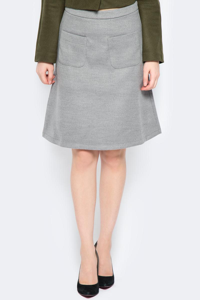 Юбка La Via Estelar, цвет: серый. 90502. Размер 4690502Стильная юбка, выполненная из кашемира, отлично дополнит ваш образ. Модель миди-длины сзади имеет застежку молнию. Спереди юбка дополнена двумя накладными карманами.