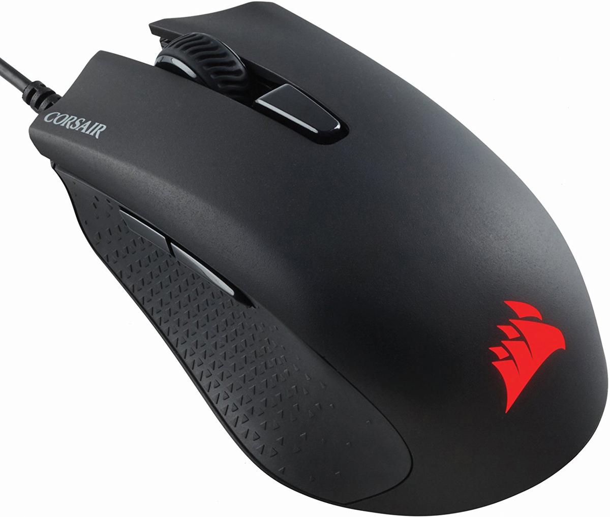 Corsair Gaming Mouse Harpoon RGB, Black игровая мышьCH-9301011-EUМышь Corsair Harpoon RGB создана для настоящих ценителей. Она оснащена оптическим игровым датчиком с разрешением 6000 точек на дюйм и усовершенствованной функцией отслеживания для точного управления, а также легкой конструкцией специальной формы, позволяющей улавливать самые быстрые движения.Усовершенствованный оптический игровой датчикИдеально подходящая для шутеров от первого лица, мышь Harpoon RGB оснащена оптическим игровым датчиком с разрешением 6000 точек на дюйм с усовершенствованной функцией отслеживания и высокой скоростью обнаружения движений для точного управления.Легкая конструкция специальной формыЕе конструкция обеспечивает удобное расположение в руке и возможность использования нескольких стилей удерживания мыши, а ее верхняя поверхность имеет приятное на ощупь текстурированное покрытие, которое предотвращает скольжение для максимального контроля. Компактный и легкий корпус позволит вам реагировать быстрее и меньше уставать со временем.Мышь не выскользнет у вас из рук при длительных или быстрых движениях, а также при ее подъеме. Текстурированные литые резиновые боковые контактные поверхности позволят вам надежно и уверенно удерживать мышь.Производительность без необходимости дополнительной настройкиПредварительная настройка для наилучшей производительности. Никаких драйверов, программного обеспечения или дополнительной настройки не требуется. Настраивайте уровни разрешения и берите мышь с собой, зная, что все настройки надежно сохранены во встроенной памяти мыши. Частота опроса 1000 Гц максимально использует возможности протокола USB, обеспечивая отсутствие задержек и высочайшую скорость отклика.Возможности индивидуальной настройки у вас под рукойИнтеллектуальная подсветка позволяет настолько точно настроить мышь Harpoon RGB под свои потребности, что она станет продолжением вашей руки. Наслаждайтесь практически безграничными возможностями настройки цветовых эффектов и эффектов подсветки.