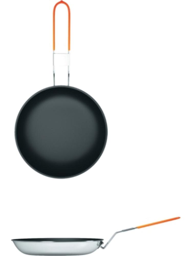 Сковорода NZ FP-0976951748900043Компактная туристическая сковорода NZ FP-097 станет оптимальным вариантом для приготовления небольшого количества еды на свежем воздухе.Благодаря антипригарному покрытию Non-Stick, еда не будет пригорать во время готовки на открытом огне. Складная ручка присоединяется к сковороде. Сковорода может использоваться для приготовления пищи на любом источнике огня – кострах, углях, горелках, примусах. В комплект входит яркий плотный чехол высокого качества, не пропускающий сажу.Диаметр: 24 см.
