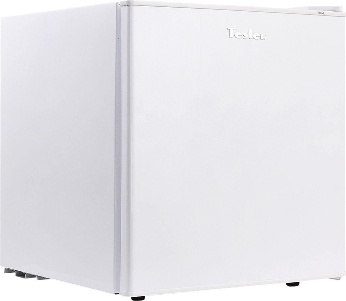 Tesler RC-55, White ХолодильникRC-55 WHITEКомпактный однокамерный холодильник Tesler RC-55 прекрасно подойдет для маленьких кухонь или офисов и дач. Этот минихолодильник очень прост в управлении, а также экономичен в энергопотреблении.В этом отдельно стоящем холодильнике для комфорта использования имеется подсветка, также в холодильном отсеке для скоропортящихся продуктов питания в правом верхнем углу располагается маленькая морозильная камера, а в двери располагаются два отсека для сохранения продуктов. Внутри холодильника прочная полка, изготовленная из металла.Размораживание холодильника производится вручную. Холодильник практичен, с большими преимуществами, неприхотлив в уборке, выглядит отлично и впишется в любой интерьер. Данную модель холодильника можно приобрести за вполне демократичную цену.