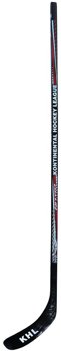 Клюшка хоккейная КХЛ Nitro composite, SR, праваяУТ-00010999Композитная хоккейная клюшка KHL является официальной лицензионной продукцией Континентальной Хоккейной Лиги (КХЛ). Клюшка KHL может служить прекрасным подарком всем любителям хоккея! Эта уникальная клюшка выполненая из прочного композитного материала (рукоятка) и многослойной конструкции с клином (крюк) из ABS пластика. Основными достоинствами композитной клюшки является ее легкий вес и долговечность, а также возможность их дальнейшего использования в качестве палки/трубки, если крюк клюшки пришел в негодность или сломался. В этом случае достаточно поменять только крюк, а не всю клюшку. Жесткость клюшки stiff (90 по шкале Easton), предназначенная для взрослой возрастной группы.Основные характеристики:Возрастные ограничения: для взрослых Длина, см: клюшка 145, стержень 125Загиб крюка: праваяВес, кг: 0,7Цвет: черный, красный, белыйДополнительные характеристики:Материал ручки: композитный материал (fiberglass)Материал крюка: многослойная конструкция с клином (крюк) из ABS пластика Производство: РоссияОсобенности: новый логотип, официальная лицензионная продукция КХЛ, уникальный дизайнДополнительно: жесткость клюшки - 90, стандартное посадочное место под крюк - 26х16мм