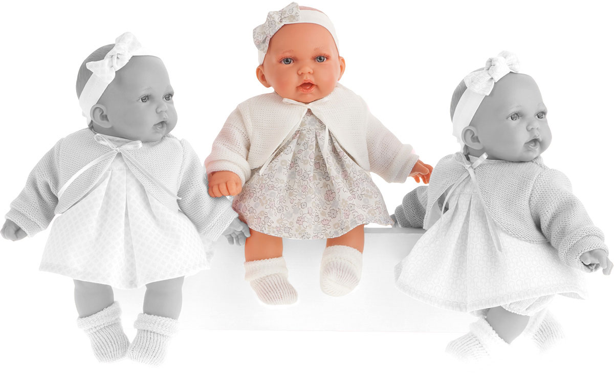Juan Antonio Пупс Петти цвет одежды белый куклы antonio juan кукла рамон в синем озвученная 40см