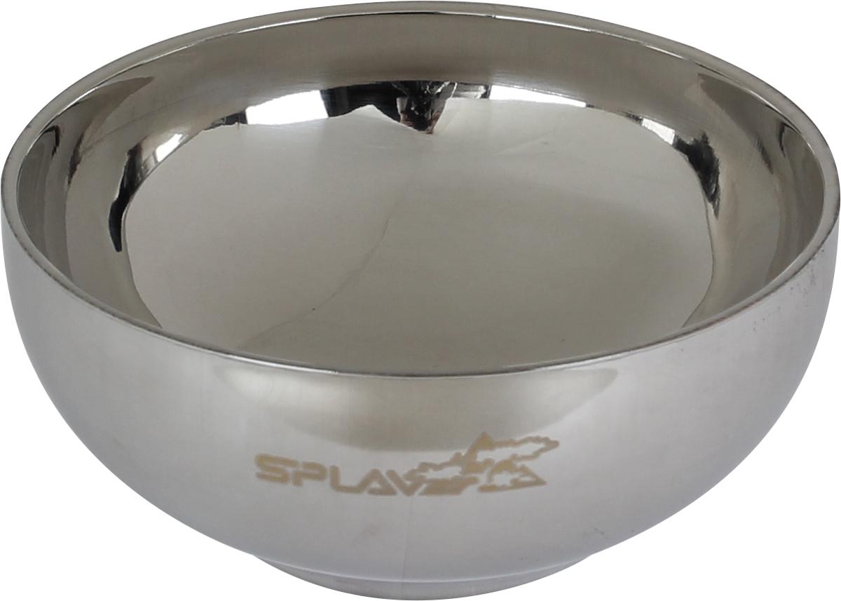 Термомиска Сплав Double Wall S, цвет: серебристый, 450 мл5076788 Легкая Благодаря двойной стенке дольше сохраняет температуру содержимого, по сравнению с обычной посудой Удобна в использовании т.к. нижняя часть не нагревается, что позволяет держать миску не боясь обжечьсяСтоит один раз попробовать суп из этой термомиски, и вряд ли вам когда-нибудь еще захочется пользоваться другой посудой.Двойные стенки миски значительно уменьшают ее теплопроводность, благодаря чему еда в ней остается горячей гораздо дольше, чем в обычной тарелке, не говоря уже о походных мисках. При этом вы можете спокойно держать ее в руках или на коленях, не рискуя обжечься.Легкая, приятная для глаз и в ощущениях обтекаемая миска станет вам надежным спутником в любой самой серьезной и длительной экспедиции, а кроме того, будет прекрасным подарком друзьям и любимым.