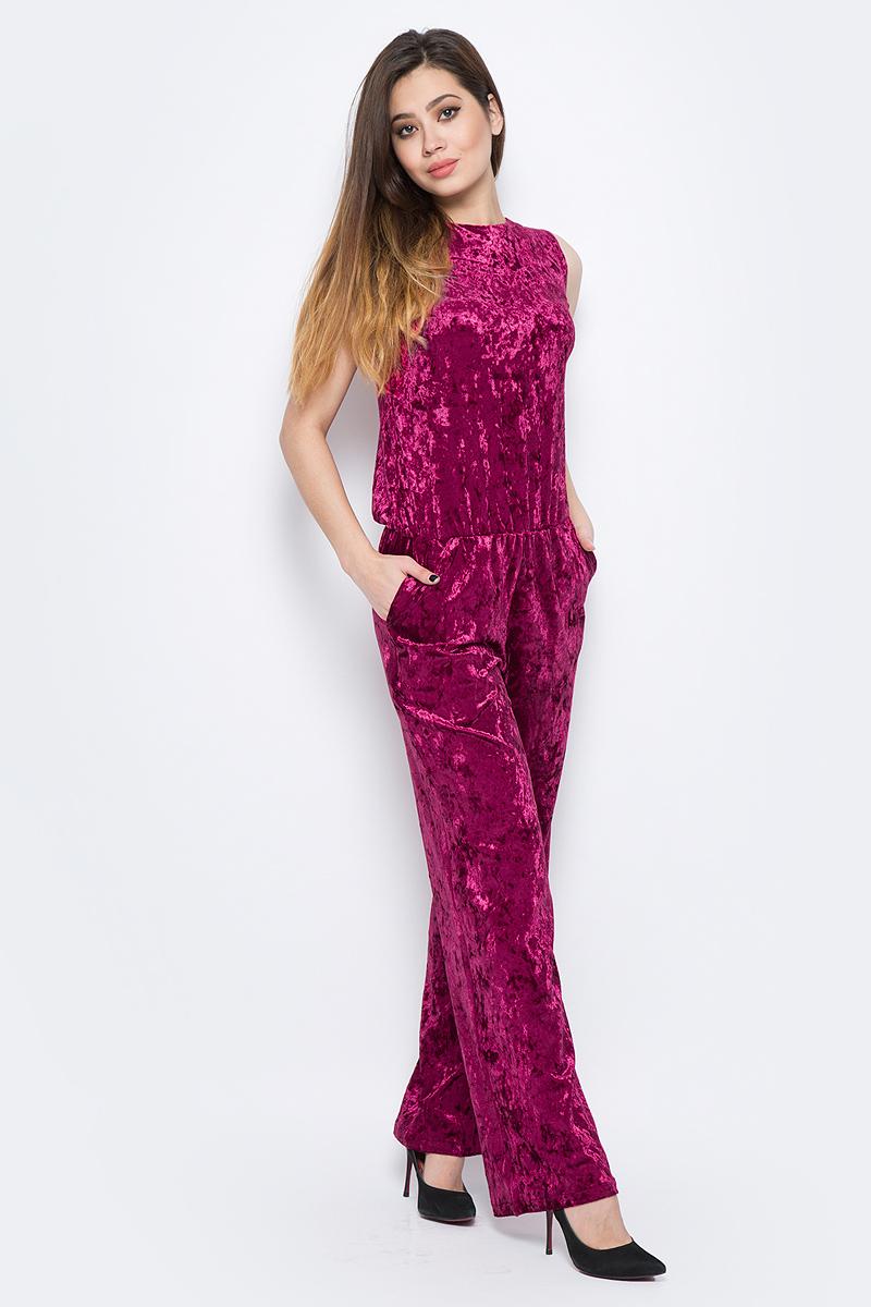 Комбинезон женский La Via Estelar, цвет: бордовый. 60581-1. Размер 5260581-1