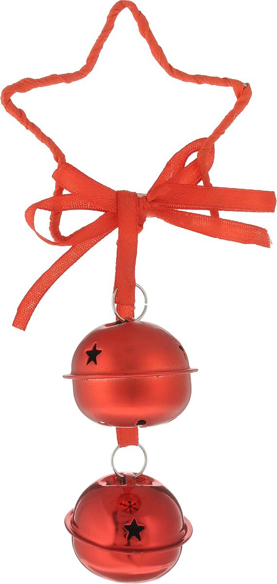 B&H Подвеска Звезда с двумя бубенчиками, красныйBH1244-RРазмер звезды: 7,5 см. Размер бубенчиков: 4 см. Длина подвески 17 см.