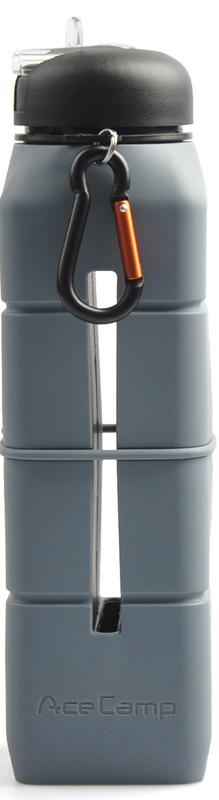 Бутылка-динамик AceCamp SoundBottle, силиконовая, цвет: серый, 769 мл1584Бутылка-динамик AceCamp Sound Bottle изготовлена из пищевого силикона. Это питьевая бутылка с открывающимся носиком для питья, который позволяет открыть бутылку одной рукой. Носик для питья в закрытом виде сливается с крышкой бутылки, что в свою очередь защищает его от загрязнения во время пробежки и занятий спортом, а так же при падениях бутылки.Так же, в бутылке имеется гнездо для вашего смартфона, а у основания дна акустическая конструкция, которая при включении и выводе музыки на динамик служит вашему смартфону как акустический динамик, который усиливает звук и делает его более объёмным. Эта идея оптимально подойдёт, тем кто в ходе пробежки или занятий спортом не приемлет наушники, которые то и дело выпадают. Сама силиконовая основа при этом, служит защитой вашего смартфона во время занятий спортом, пробежек и т.д., от случайных падений.Если напиток в бутылке закончился, силиконовый материал позволит вам свернуть бутылку буквально в трубочку или сделать плоской, что позволит сэкономить пространство в рюкзаке или сумке для удобства транспортировки. Горло бутылки широкое, что позволит с лёгкостью наливать напитки и мыть бутылку при необходимости. Вес: 291 гр. Размеры: 27 х 7 х 7 см. Объём: 769 мл. Состав: Silicone + PP + PSНе содержит BPA