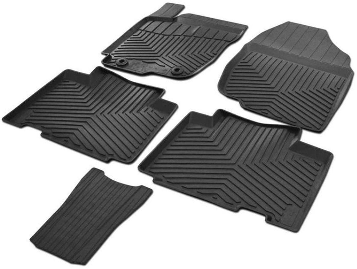 Коврики салона Rival литьевые для Toyota Rav4 2013-2015, 2015-, c перемычкой, резина65706001Современная версия ковриков Rival для автомобилей, изготовлены из высококачественного и экологичного сырья с использованием технологии высокоточного литья под давлением, полностью повторяют геометрию салона вашего автомобиля.- Усиленная зона подпятника под педалями защищает наиболее подверженную истиранию область.- Надежная система крепления, позволяющая закрепить коврик на штатные элементы фиксации, в результате чего отсутствует эффект скольжения по салону автомобиля.- Высокая стойкость поверхности к стиранию.- Специализированный рисунок и высокий борт, препятствующие распространению грязи и жидкости по поверхности коврика.- Перемычка задних ковриков в комплекте предотвращает загрязнение тоннеля карданного вала.- Коврики произведены из первичных материалов, в результате чего отсутствует неприятный запах в салоне автомобиля.- Высокая эластичность, можно беспрепятственно эксплуатировать при температуре от -45°C до +45°C. Уважаемые клиенты! Обращаем ваше внимание, что коврики имеют форму, соответствующую модели данного автомобиля. Фото служит для визуального восприятия товара.
