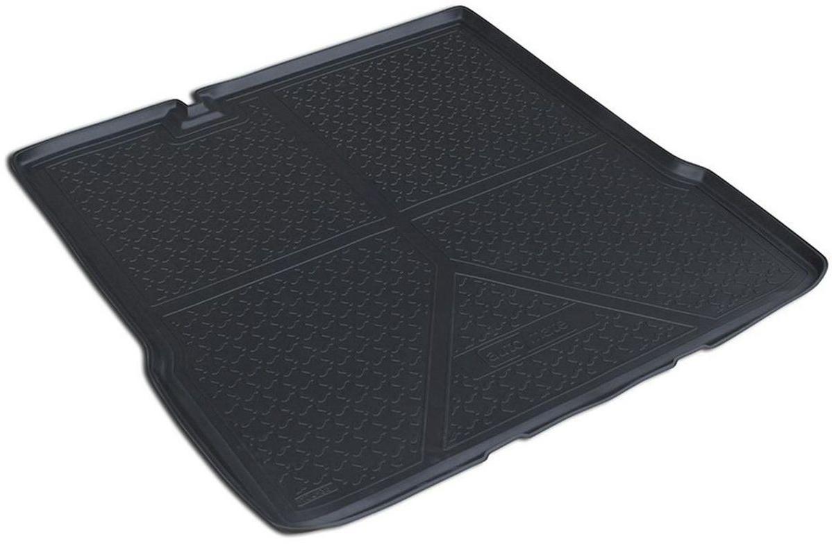 Коврик багажника Rival для Chevrolet Aveo (SD) 2011-, полиуретан11001002Коврик багажника Rival позволяет надежно защитить и сохранить от грязи багажный отсек вашего автомобиля на протяжении всего срока эксплуатации, полностью повторяют геометрию багажника.- Высокий борт специальной конструкции препятствует попаданию разлитой жидкости и грязи на внутреннюю отделку.- Произведен из первичных материалов, в результате чего отсутствует неприятный запах в салоне автомобиля.- Рисунок обеспечивает противоскользящую поверхность, благодаря которой перевозимые предметы не перекатываются в багажном отделении, а остаются на своих местах.- Высокая эластичность, можно беспрепятственно эксплуатировать при температуре от -45°C до +45°C.- Коврик изготовлен из высококачественного и экологичного материала, не подверженного воздействию кислот, щелочей и нефтепродуктов. Уважаемые клиенты! Обращаем ваше внимание, что коврик имеет форму, соответствующую модели данного автомобиля. Фото служит для визуального восприятия товара.