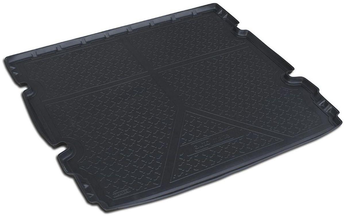 Коврик багажника Rival для Chevrolet Orlando (5 мест) 2011-, полиуретан11005003Коврик багажника Rival позволяет надежно защитить и сохранить от грязи багажный отсек вашего автомобиля на протяжении всего срока эксплуатации, полностью повторяют геометрию багажника.- Высокий борт специальной конструкции препятствует попаданию разлитой жидкости и грязи на внутреннюю отделку.- Произведен из первичных материалов, в результате чего отсутствует неприятный запах в салоне автомобиля.- Рисунок обеспечивает противоскользящую поверхность, благодаря которой перевозимые предметы не перекатываются в багажном отделении, а остаются на своих местах.- Высокая эластичность, можно беспрепятственно эксплуатировать при температуре от -45°C до +45°C.- Коврик изготовлен из высококачественного и экологичного материала, не подверженного воздействию кислот, щелочей и нефтепродуктов. Уважаемые клиенты! Обращаем ваше внимание, что коврик имеет форму, соответствующую модели данного автомобиля. Фото служит для визуального восприятия товара.