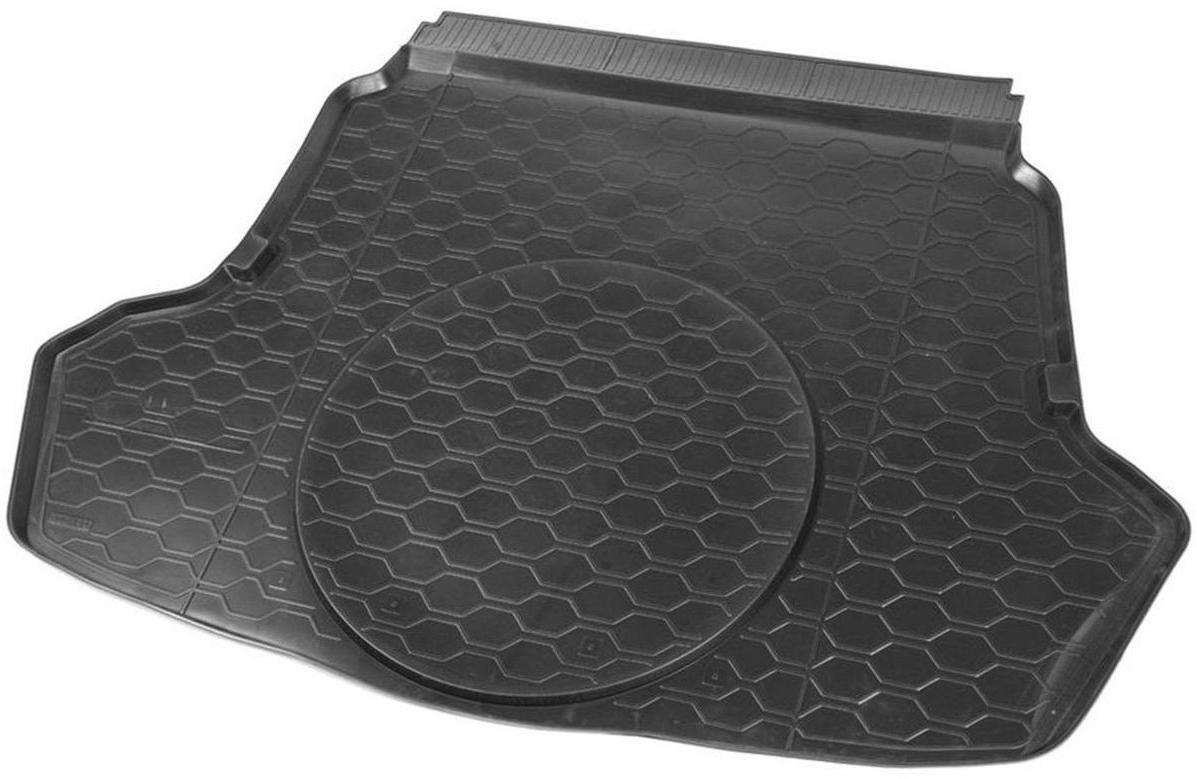Коврик багажника Rival для Kia Optima Luxe 2016-/Kia Optima Prestige 2016-/Kia Optima GT Line 2016-/Kia Optima GT 2016-, полиуретан12807003Коврик багажника Rival позволяет надежно защитить и сохранить от грязи багажный отсек вашего автомобиля на протяжении всего срока эксплуатации, полностью повторяют геометрию багажника.- Высокий борт специальной конструкции препятствует попаданию разлитой жидкости и грязи на внутреннюю отделку.- Произведен из первичных материалов, в результате чего отсутствует неприятный запах в салоне автомобиля.- Рисунок обеспечивает противоскользящую поверхность, благодаря которой перевозимые предметы не перекатываются в багажном отделении, а остаются на своих местах.- Высокая эластичность, можно беспрепятственно эксплуатировать при температуре от -45°C до +45°C.- Коврик изготовлен из высококачественного и экологичного материала, не подверженного воздействию кислот, щелочей и нефтепродуктов. Уважаемые клиенты! Обращаем ваше внимание, что коврик имеет форму, соответствующую модели данного автомобиля. Фото служит для визуального восприятия товара.