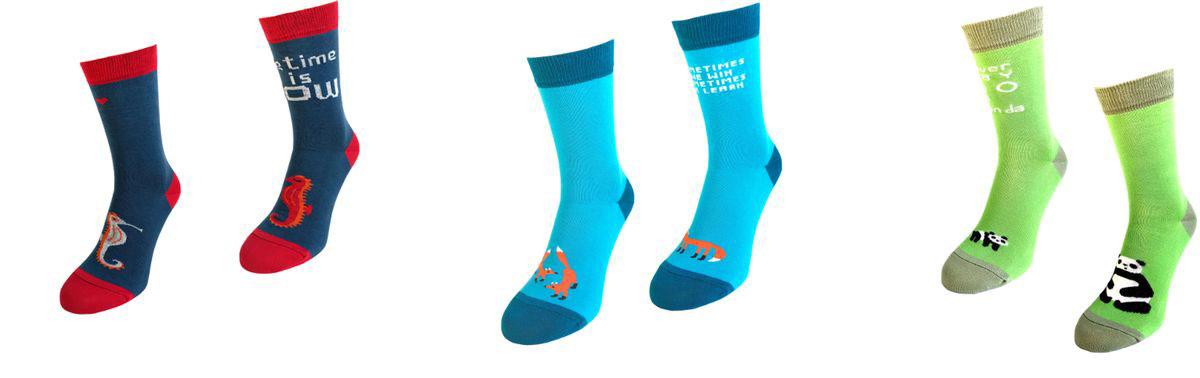 Носки Big Bang Socks, махровые, цвет: синий, голубой, зеленый, 3 пары. box3a113. Размер 35/39box3a113Яркие махровые носки Big Bang Socks изготовлены из высококачественного хлопка с добавлением полиамидных и эластановых волокон, которые обеспечивают великолепную посадку. Носки отличаются ярким стильным дизайном. Они оформлены забавным изображением и надписью на английском языке. Принты не симметричны на правом и левом носке.Удобная резинка идеально облегает ногу и не пережимает сосуды, усиленныепятка и мысок повышают износоустойчивость носка, а удлиненный паголенокпридает более эстетичный вид. Дизайнерские носки Big Bang Socks - яркая деталь в вашем образе и оригинальныйподарок для друзей и близких.В комплекте три пары носков.