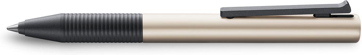 Lamy Tipo Ручка-роллер 339 M66 черная цвет корпуса светло-коричневый4030965LAMY tipo (339) Быстрый клип Чернильный роллер без колпачка. Пишет мягко и почти без нажима - подобно перьевой ручке, но прост в обращении, как шариковая, т.к. при письме чернила подаются на бумагу с помощью шарика на конце стержня. Быстро приводится в готовность к письму благодаря уникальному механизму активации с помощью клипа. Корпус из анодированного алюминия. Детали – из черного матового пластика. Используется со стержнем LAMY M66Поставляется в подарочной коробке. Дизайн: Вольфганг Фабиан История бренда Lamy насчитывает более 80-ти лет, а его философия заключается в слогане Дизайн. Сделано в Германии. Компания получила более 100 самых престижных дизайнерских наград. Все пишущие инструменты Lamy производятся на фабрике в Гейдельберге (Германия).