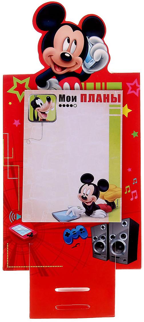 Disney Блок для записей Мои планы 10 x 15 см 30 листов1161111Добавьте в жизнь волшебства с Disney! Бумажный блок на подставке — стильное украшение детского стола. Он сохранит важные мысли, новые идеи, номера телефонов или список дел, который оставили родители маленькому помощнику. Благодаря необычной форме и удобным отрывным листочкам пользоваться им легко, а любимые герои будут радовать кроху день за днем.