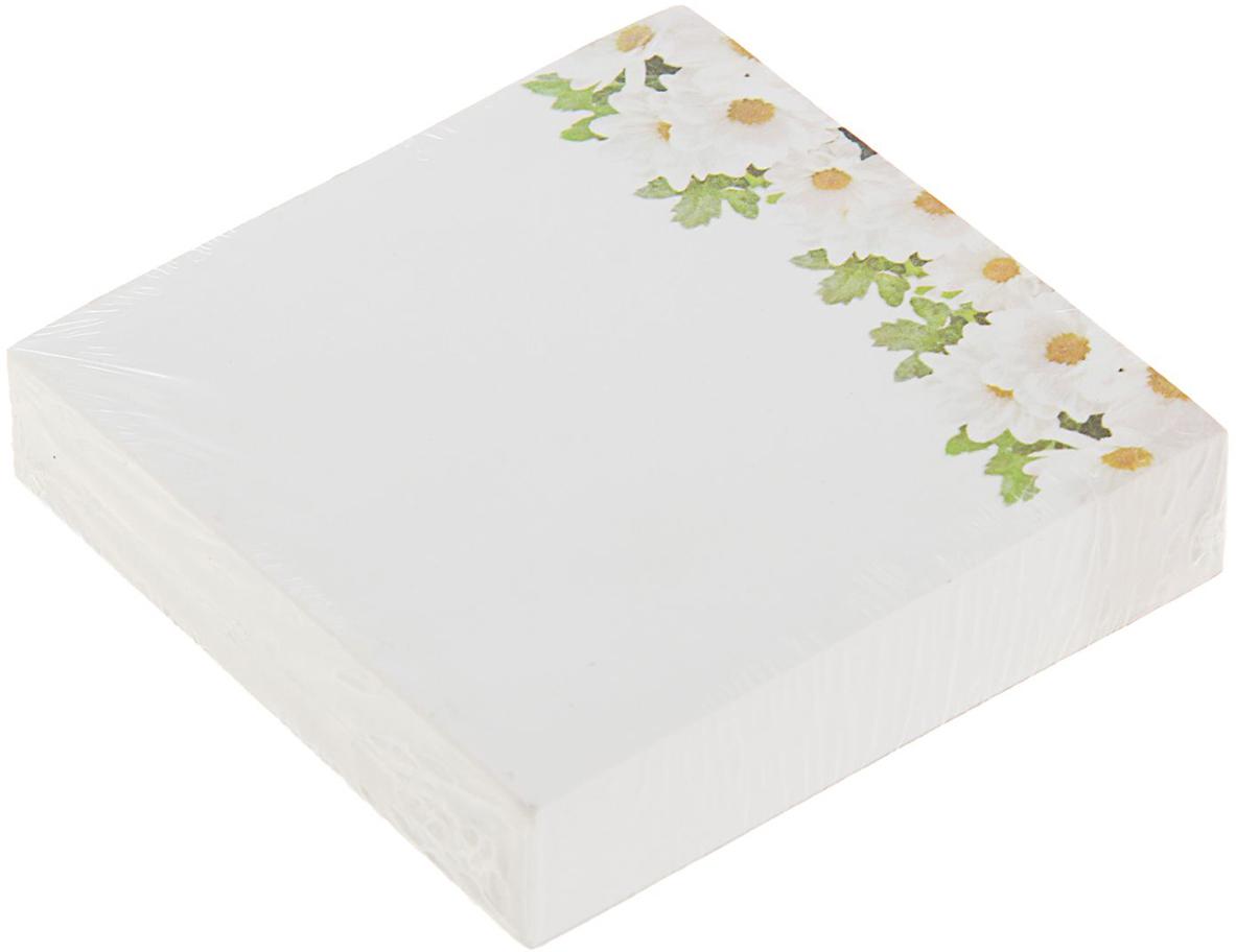 Фолиант Блок для записей Ромашки 8,5 x 8,5 см 200 листов1545970Невозможно представить нашу жизнь без праздников! Мы всегда ждем их и предвкушаем, обдумываем, как проведем памятный день, тщательно выбираем подарки и аксессуары, ведь именно они создают и поддерживают торжественный настрой. Блок бумаги для записей 8.5х8.5см, 200л, 70г Ромашкиофсет — это отличный выбор, который привнесет атмосферу праздника в ваш дом!Часто появляется необходимость оставить небольшое послание коллеге, сделать пометку для родных или запомнить нужный телефон?Чтобы зафиксировать важную информацию, достаточно иметь при себе неброский, но необходимый в быту предмет — Блок бумаги для записей 8.5х8.5см, 200л, 70г Ромашкиофсет. Этот канцелярский аксессуар займет минимум места в сумке или на рабочем столе.