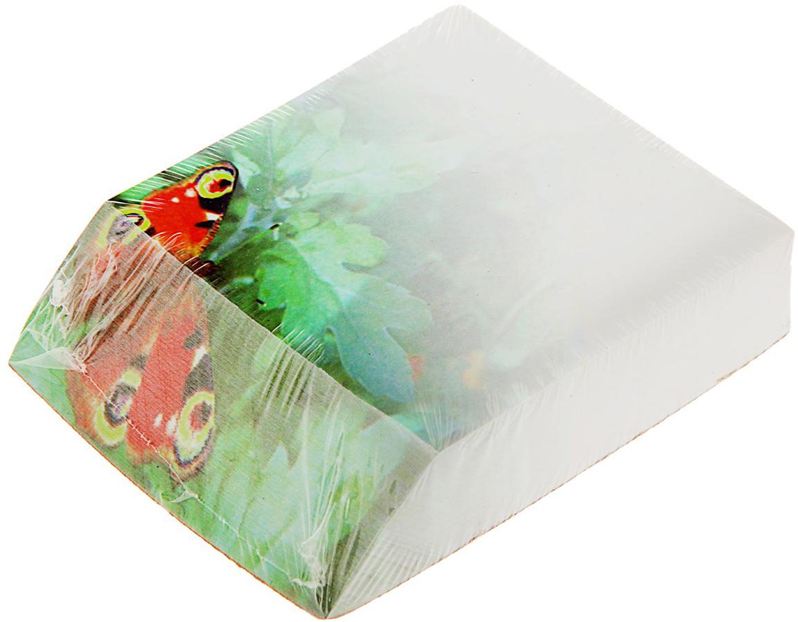 Фолиант Блок для записей Бабочка 9 x 10 см 300 листов1545960Невозможно представить нашу жизнь без праздников! Мы всегда ждем их и предвкушаем, обдумываем, как проведем памятный день, тщательно выбираем подарки и аксессуары, ведь именно они создают и поддерживают торжественный настрой. Блок бумаги для записей с косым цветным срезом 9.0х11см, 300л, 70г Бабочка — это отличный выбор, который привнесет атмосферу праздника в ваш дом!Часто появляется необходимость оставить небольшое послание коллеге, сделать пометку для родных или запомнить нужный телефон?Чтобы зафиксировать важную информацию, достаточно иметь при себе неброский, но необходимый в быту предмет — Блок бумаги для записей с косым цветным срезом 9.0х11см, 300л, 70г Бабочка. Этот канцелярский аксессуар займет минимум места в сумке или на рабочем столе.