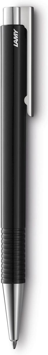Lamy Ручка шариковая Logo M+ цвет корпуса черный синяя4030223Lamy logo 204 М+. Отличительные черты этой ручки – чистота формы и высокая функциональность. Надежные материалы и удобство в использовании делают ее хорошим компаньоном на все случаи жизни – это отличная ручка на каждый день. Пружинный стальной клип с встроенным шариком позволяет крепко фиксировать ручку и плавно снимать. Пластиковый корпус дополнен металлическими деталями. Рифленый нескользящий хват.Используется со стержнями большого размера Lamy M16. Поставляется в подарочном тубусе. Дизайн: Вольфганг Фабиан История бренда Lamy насчитывает более 80-ти лет, а его философия заключается в слогане Дизайн. Сделано в Германии. Компания получила более 100 самых престижных дизайнерских наград. Все пишущие инструменты Lamy производятся на фабрике в Гейдельберге (Германия).