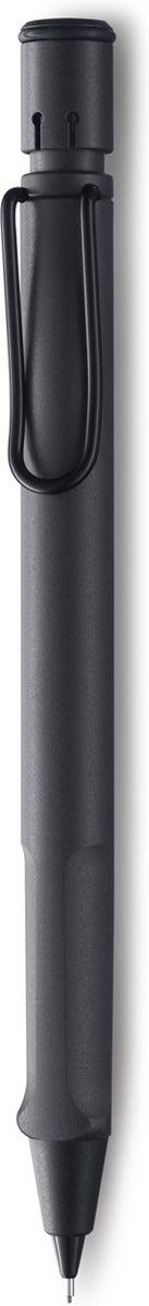 Lamy Карандаш механический Safari цвет темно-коричневый4000744Самая популярная линейка бренда Lamy. Корпус этого автоматического карандаша выполнен из прочного ABS пластика. Эргономичный хват позволяет пальцам принять правильное положение при письме. Металлический клип на корпусе напоминает по форме канцелярскую скрепку. Пишущий узел активируется с помощью кнопки. Под крышкой кнопки находятся ластик и игла для чистки канала грифеля. Грифельный канал утапливается. Используется с грифелями Lamy M41 (0,5 мм) и ластиком c чистящей иглой Lamy Z18. Поставляется в подарочной коробке.Дизайн: Вольфганг Фабиан История бренда Lamy насчитывает более 80-ти лет, а его философия заключается в слогане Дизайн. Сделано в Германии. Компания получила более 100 самых престижных дизайнерских наград. Все пишущие инструменты Lamy производятся на фабрике в Гейдельберге (Германия).