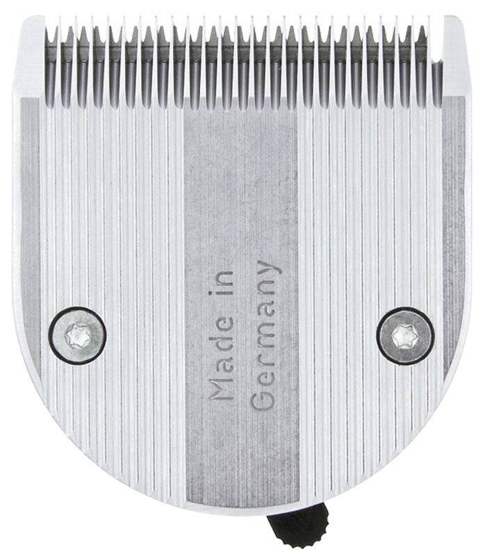 Moser Нож, 0,1-3 мм1854-7505Moser 1854-7505 Нож для машинки - Нож стандартный 0,1-3 мм к машинкам для стрижки Moser 1871, 1854. Тип: нож стандартный из нержавеющей стали Для машинок: Moser 1854 (Genio Plus), 1855, 1870, 1871 (Chrom Style), 1872, 1873 Высота среза: 0,1-3 мм.