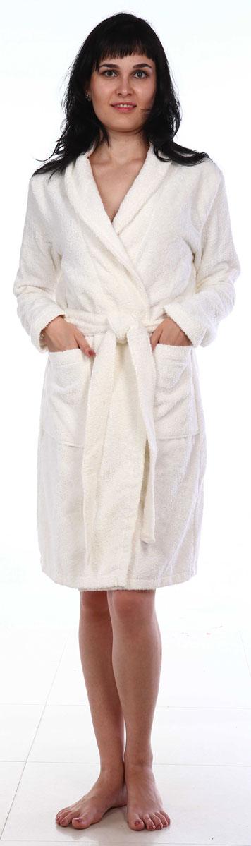 Халат женский Amo La Vita, цвет: белый. ХМХ0101. Размер 46ХМХ0101Женский халат на запах Amo La Vita выполнен из высококачественной махровой ткани (100% хлопок), которая со временем становится еще более мягкой и не теряет своей яркости после многочисленных стирок. Модель имеет длину миди, 2 накладных кармана и пояс. Amo La Vita в переводе с итальянского означает я люблю жизнь. Чтобы эти слова стали для вас еще более актуальными, порадуйте себя мягким и уютным махровым халатом бренда Amo La Vita! Каждое изделие подарит вам непревзойденный комфорт и станет незаменимым предметом домашнего гардероба.