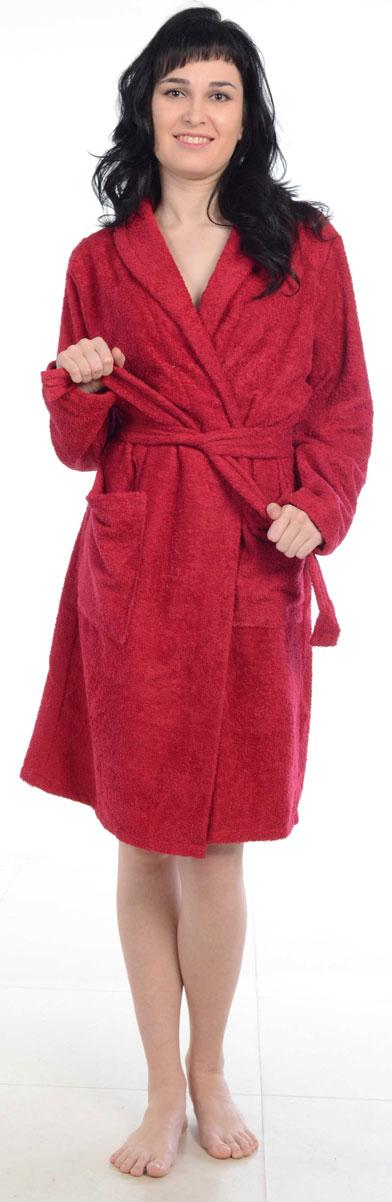 Халат женский Amo La Vita, цвет: бордовый. ХМХ0122. Размер 50ХМХ0122Женский халат на запах Amo La Vita выполнен из высококачественной махровой ткани (100% хлопок), которая со временем становится еще более мягкой и не теряет своей яркости после многочисленных стирок. Модель имеет длину миди, 2 накладных кармана и пояс. Amo La Vita в переводе с итальянского означает я люблю жизнь. Чтобы эти слова стали для вас еще более актуальными, порадуйте себя мягким и уютным махровым халатом бренда Amo La Vita! Каждое изделие подарит вам непревзойденный комфорт и станет незаменимым предметом домашнего гардероба.