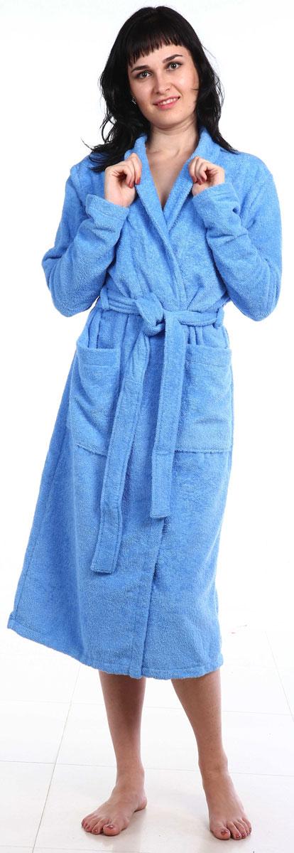 Халат женский Amo La Vita, цвет: голубой. ХМХ0304. Размер 50ХМХ0304Удлиненный женский халат Amo La Vita выполнен из высококачественной махровой ткани (100% хлопок), которая со временем становится еще более мягкой и не теряет своей яркости после многочисленных стирок. Модель имеет длину миди, 2 накладных кармана и пояс. Amo La Vita в переводе с итальянского означает я люблю жизнь. Чтобы эти слова стали для вас еще более актуальными, порадуйте себя мягким и уютным махровым халатом бренда Amo La Vita! Каждое изделие подарит вам непревзойденный комфорт и станет незаменимым предметом домашнего гардероба.