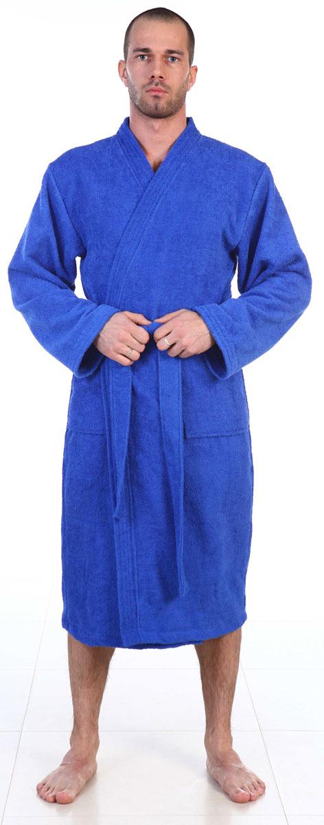 Халат мужской Amo La Vita, цвет: синий. ХМХМ022. Размер 50ХМХМ0220Халат-кимоно Amo La Vita выполнен из высококачественной махровой ткани (100% хлопок), которая со временем становится еще более мягкой и не теряет своей яркости после многочисленных стирок. Модель имеет длину миди, 2 накладных кармана и пояс. Amo La Vita в переводе с итальянского означает я люблю жизнь. Чтобы эти слова стали для вас еще более актуальными, порадуйте себя мягким и уютным махровым халатом бренда Amo La Vita! Каждое изделие подарит вам непревзойденный комфорт и станет незаменимым предметом домашнего гардероба.