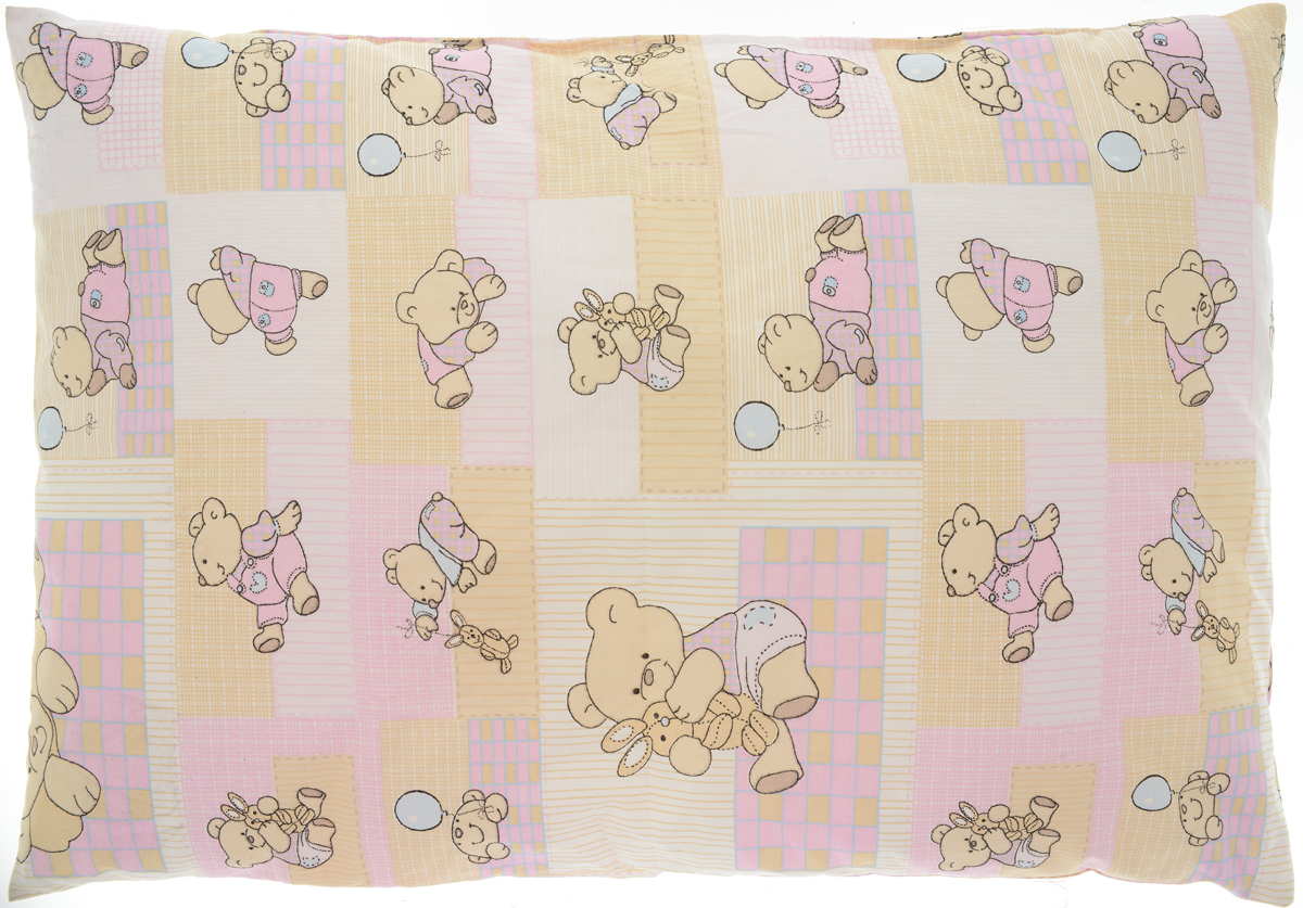 Сонный гномик Подушка детская Мишки цвет розовый желтый 60 х 40 см555Х_розовый,желтый, мишкиМягкая тонкая подушка для детской кроватки Сонный гномик обеспечит крепкий и здоровый сон вашему малышу. Подушка имеет несъемный чехол из прочного безопасного хлопка. Хлопок - натуральный материал, обладающий высокой гигроскопичностью и воздухопроницаемостью, он будет безопасен даже для нежной кожи ребенка. Наполнитель подушки - синтепон. Синтепон гипоаллергенен, долговечен, не скатывается и превосходно пропускает воздух.Удобная подушка из безопасных материалов идеально подойдет для детской кроватки, с ней дневной и ночной сон ребенка всегда будет крепким.