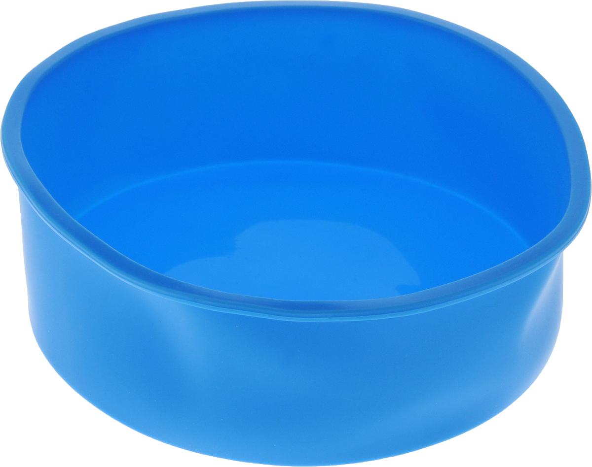 Форма для выпечки Доляна Круг, силиконовая, цвет: голубой, диаметр 17,5 см1166843_голубойФорма Доляна Круг, выполненная из силикона,будет отличным выбором для всех любителей домашнейвыпечки. Силиконовые формы для выпечки имеют множествопреимуществ по сравнению с традиционнымиметаллическими формами и противнями. Нет необходимостисмазывать форму маслом. Форма быстро нагревается,равномерно пропекает, не допускает подгорания выпечки скраев или снизу.Вынимать продукты из формы очень легко. Слегка вывернитекрая формы или оттяните в сторону, и ваша выпечка легковыскользнет из формы.Материал устойчив к фруктовым кислотам, не ржавеет, на немне образуются пятна.Форма может быть использована в духовках и микроволновыхпечах (выдерживает температуру от -40°С до +230°С), такжеее можно помещать в морозильную камеру и холодильник.Можно мыть в посудомоечной машине. Диаметр формы: 17,5 см.Высота формы: 5,8 см.